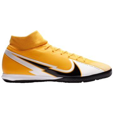 Nike Hallen-SohleNike Mercurial Superfly 7 Academy IC Indoor/Court Soccer Shoe - AT7975-801 orange