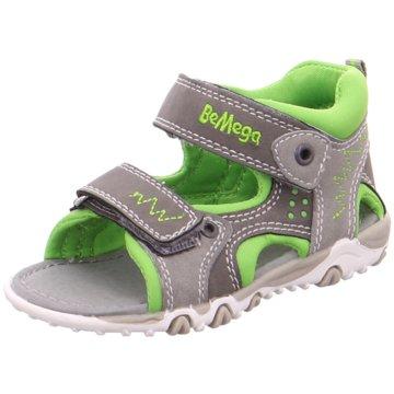 Supremo Sandale grün