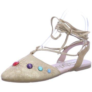 xyxyx Riemchen Ballerina beige