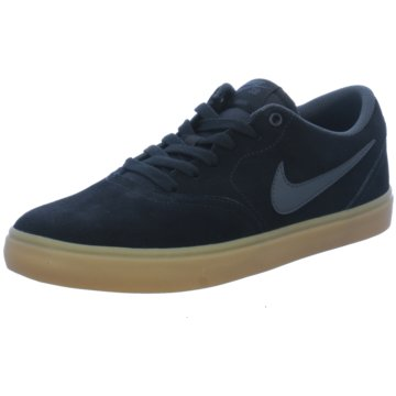 Nike Street LookMen's Nike SB Check Solarsoft Skateboarding Shoe - 843895-003 schwarz
