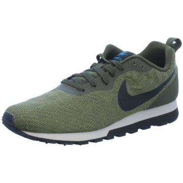 Nike Sneaker LowMD Runner 2 Eng Mesh oliv
