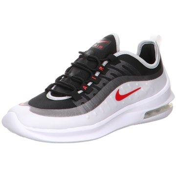 Nike Street Look grau