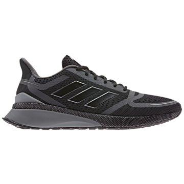 adidas RunningNova Run schwarz