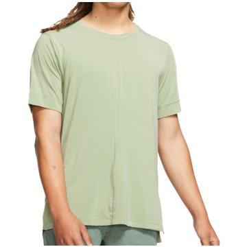 Nike T-ShirtsDry Top SS grün
