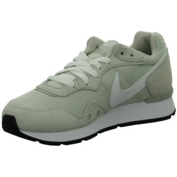 Nike Sneaker LowVENTURE RUNNER - CK2948-002 grün
